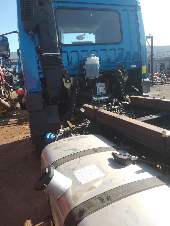解放 麟VH 190马力 5.4米排半仓栅式载货车(CA5180CCYPK62L4E5A85)口碑